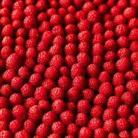 thumb2-raspberries-texture-4k-ripe-raspberries-berries-food-textures